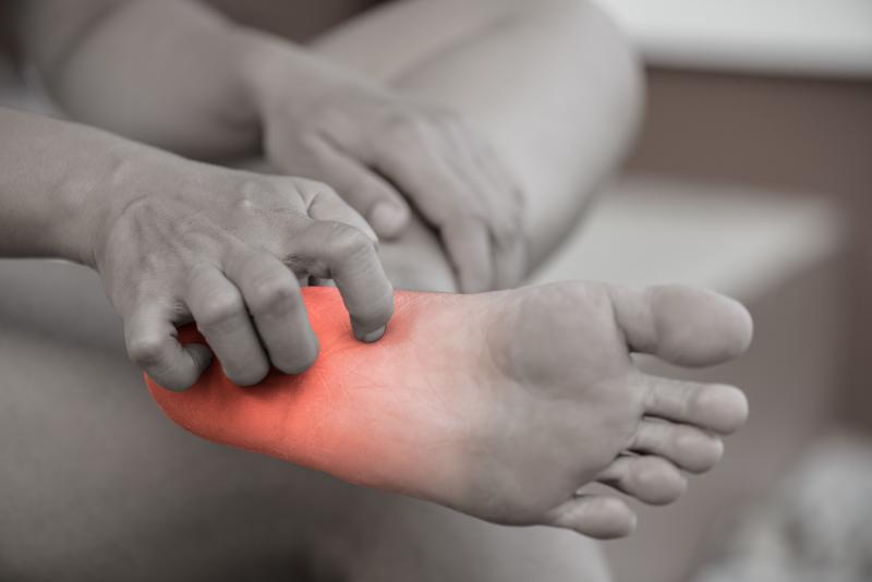 Neuropathy symptoms in the foot